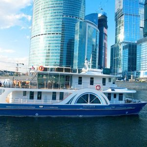 на яхте посмотреть Москва сити