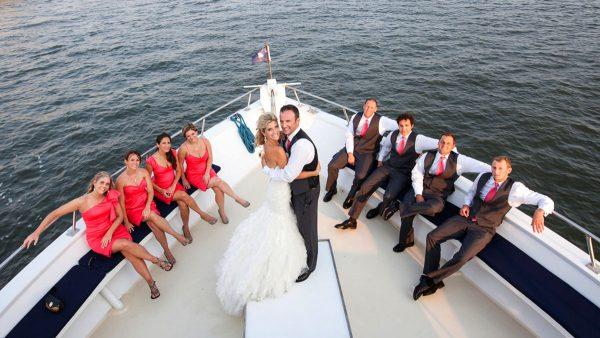 арендовать в Москве яхту на свадьбу