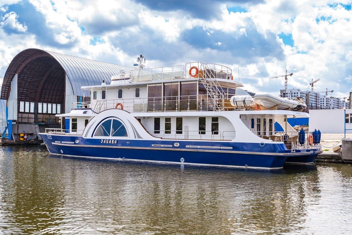 Яхта забава цены