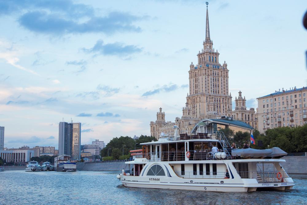 Отдых на яхте в Москве